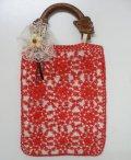花彫刻取手 レース編みバッグ 赤