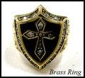 Brassジルコニアシールド十字架紋章リング