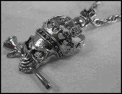 画像1: キングスカル ビッグメタルネックレス